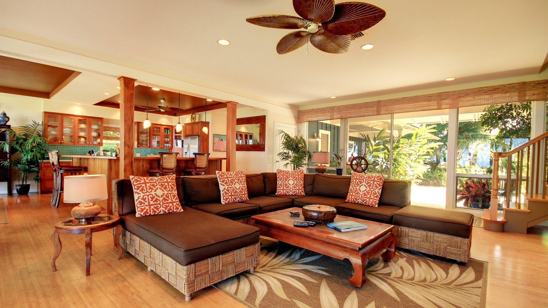 Beach-Rendezvous-Lounge-Maui-Hawaii-Hideaways-UltraVilla