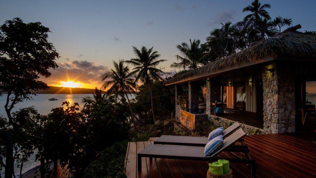 Saku-Villa-Sunset-Fiji-Vatuvara-Private-Islands-UltraVilla