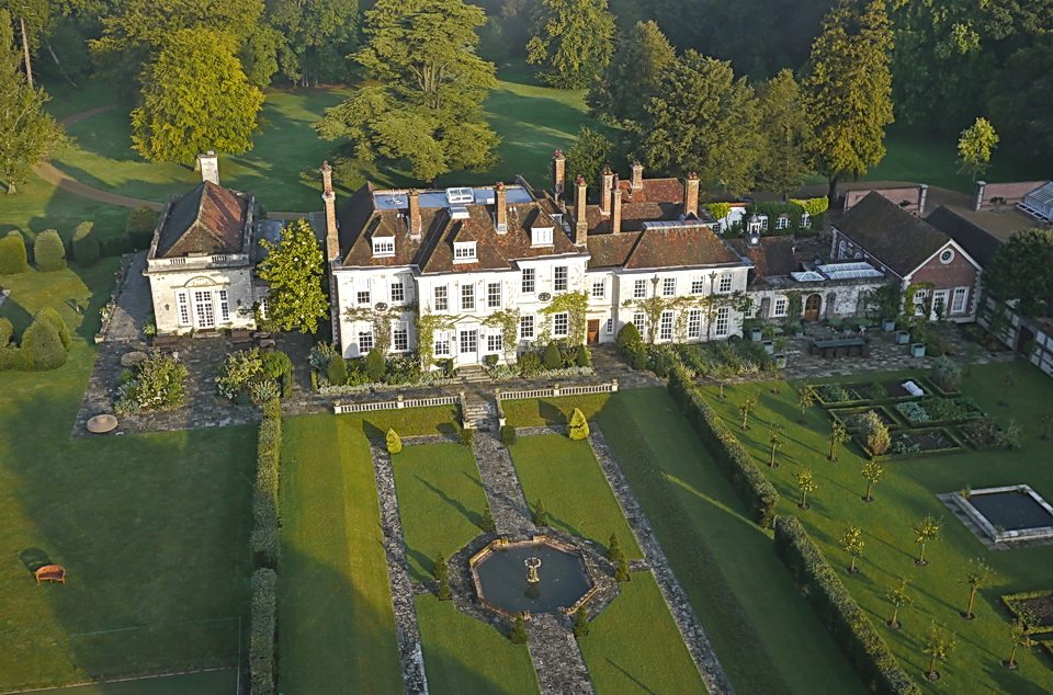 LTR-winchester-manor-house-aerial1
