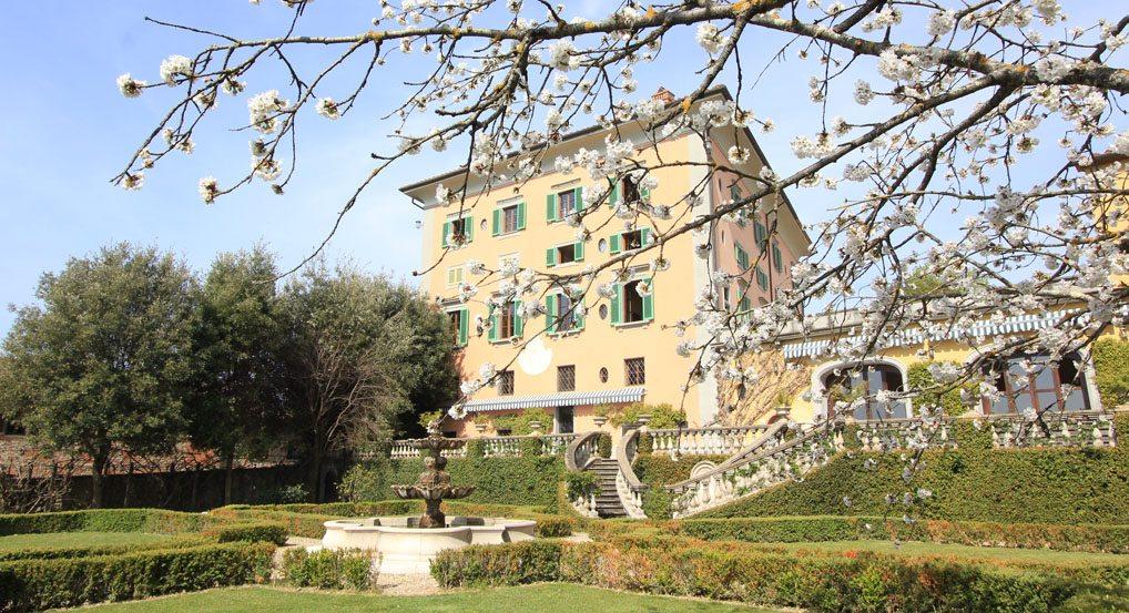 00 main villa view4