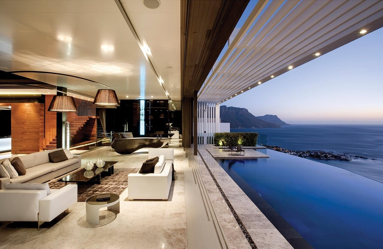 Lion's Head villa-living and pool-CapeTown-Luxury-Travel-Book-UltraVilla