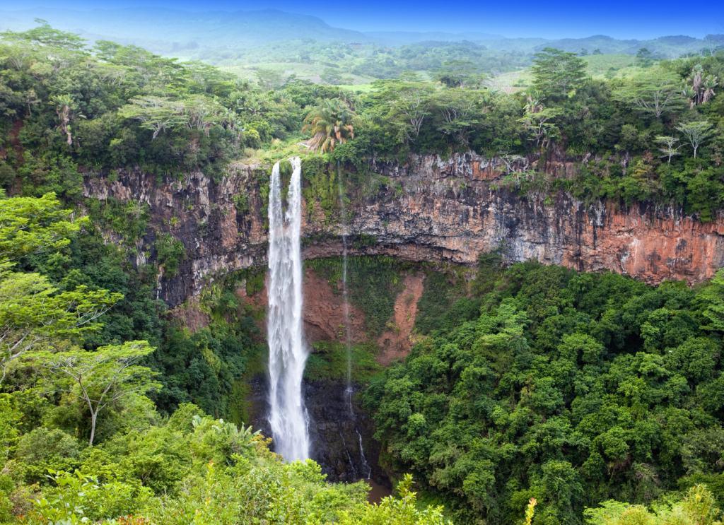 Waterfall-Mauritius-Villanovo-UltraVilla