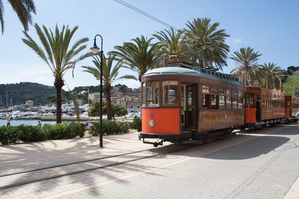 Port-de-Soller-Mallorca-The-Luxury-Travel-Book-UltraVilla